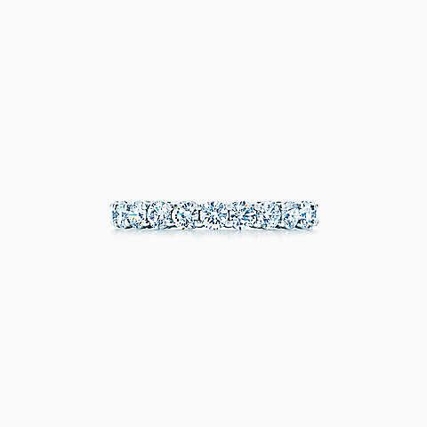 Tiffany Embrace® band ring in platinum with diamonds, 3 mm wide.