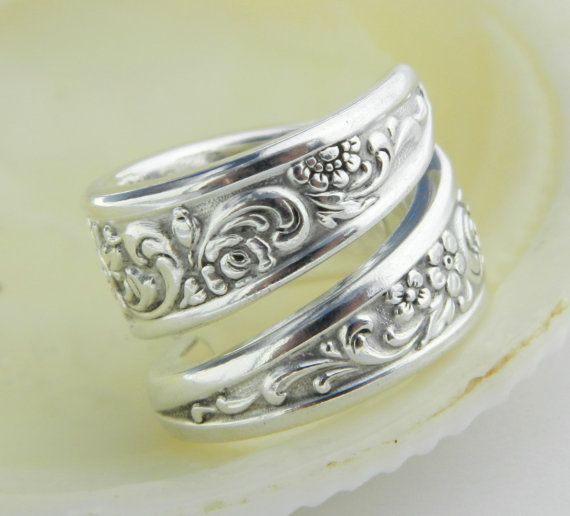 Silver Spoon Ring   Tangier 1969 SPOON by CaliforniaSpoonRings, $22.50: 1969 Spoon, Style, Spoon Rings, Silver Spoons, Spoon Jewelry, Ring Tangier, Antiques Rings, Silverware Jewelry