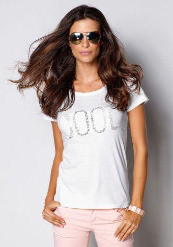 Tričko s krajkovou aplikací #ModinoCZ #white #whitefashion #trendy #summerfashion #style #bila #moda #whitesummer