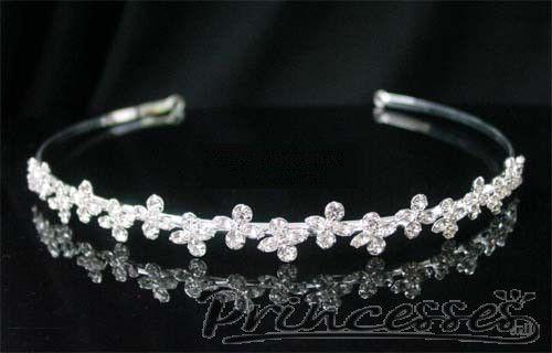 Subtiele, sprookjesactige tiara. www.princesses.nl
