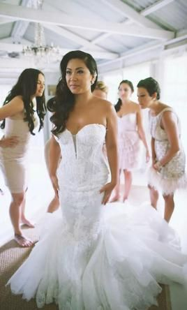 Superb Pnina Tornai buy this dress for a fraction of the salon price on PreOwnedWeddingDresses