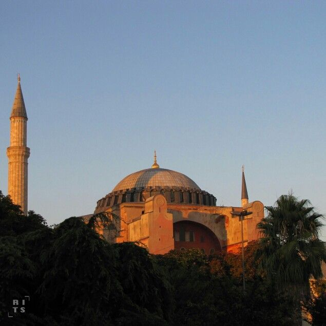 Sunrise at The Blue Mosque. Istanbul,  Turkey.