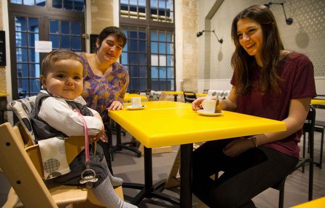 Les familles peinent à trouver leur place à la table des restaurants