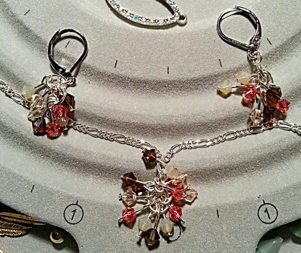 Matching set...lil sparkling clusters♥