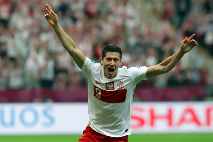 Robert Lewandowski Football Player