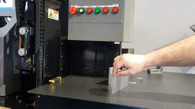 Channel letter bending machine for SS letters