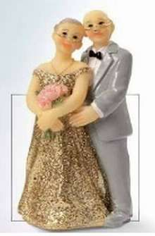 Anniversary Topper - Gold Couple - 3.95EUR - Craft Heaven : Craft supplies, Cakeware, Crystals & Angels