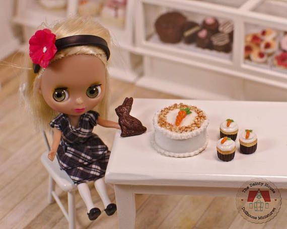 Miniature Carrot Cake & Cupcakes plus Chocolate Bunny 1:12