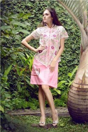 10249 PinkROses embroidery Kebaya