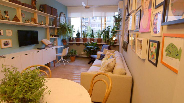 A posição dos móveis faz toda a diferença para ganhar espaço e caber tudo. Inspire-se nestes projetos e adote essas ideias