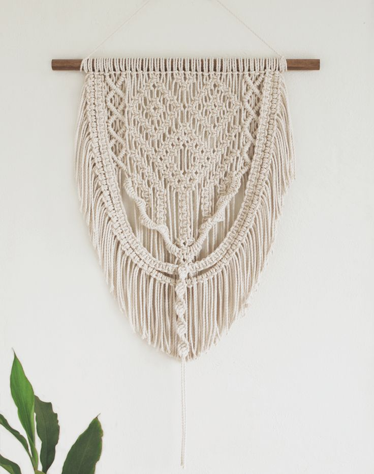 Genevie | One of a kind handmade Macramé wall hanging by Macramé Mons. One piece revealed each fortnight on a Monday ✖️