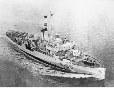 The Revell 1/144 Flower Class Corvette Early Model Kit from the plastic ship model kits range accurately recreates a real life WWII era warship.