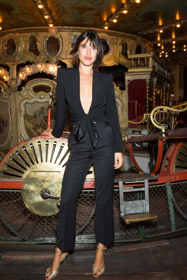On Sunday, Chaumet hosted a cozy handful of people at the Musée des Arts Forains. From Clémence Poésy, Jeanne Damas and Alice Isaaz to Michel Hazanavicius, all were present to celebrate the launch of the latest Fine Jewelry collection 'Chaumet est une fête'. See our exclusive photos of the night here.