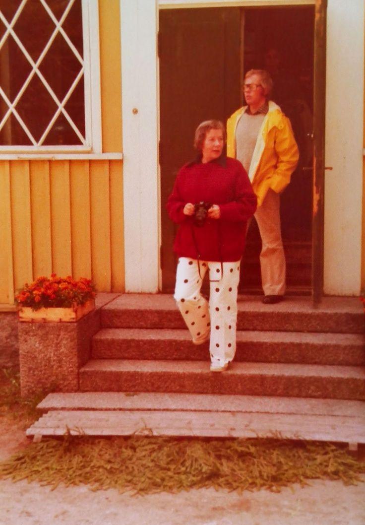 The Things I Enjoy: A Walk Down Memory Lane (5): A visit to Marimekko founder Armi Ratia´s country retreat
