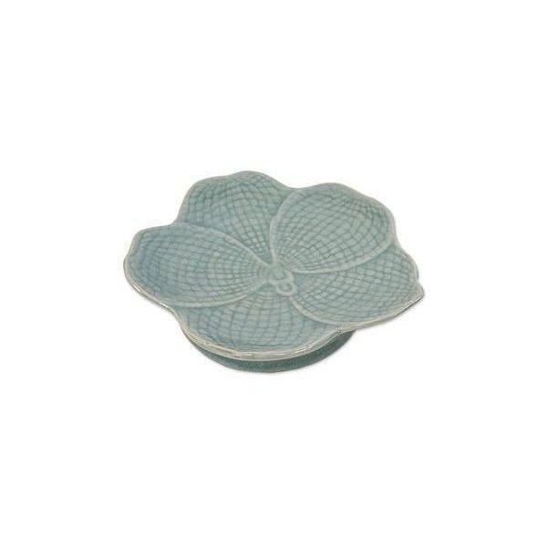 NOVICA Hand Made Celadon Orchid Centerpiece or Serving Dish (50 AUD) ❤ liked on Polyvore featuring home, kitchen & dining, serveware, blue, centerpieces, clothing & accessories, tableware, blue orchid centerpieces, blue serving dishes and blue dish