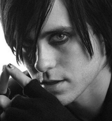 Jared Leto. Long hair, bright eyes, awesome voice, sexy and full of tattoos! oh how i love him!