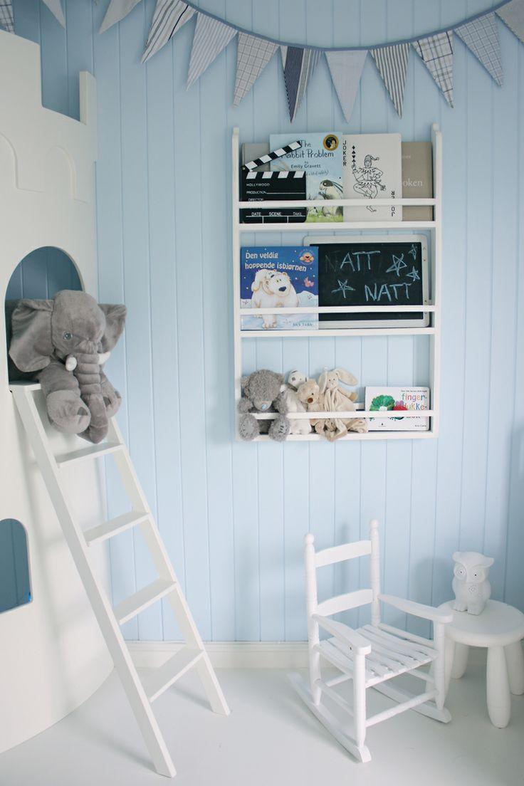 a super cure bookcase