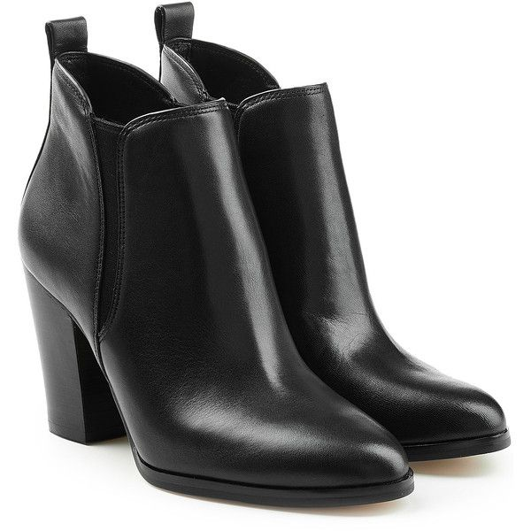 Michael Michael Kors Leather Ankle Boots (4.910 CZK) ❤ liked on Polyvore featuring shoes, boots, ankle booties, black, short boots, black boots, short leather boots, black bootie and leather booties