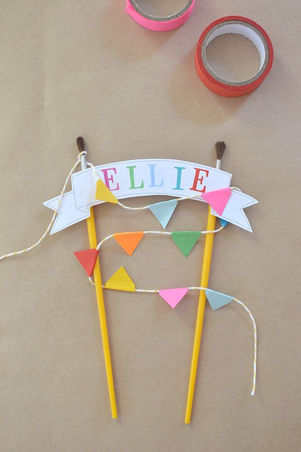 Simple cake topper with an artsy flair - Kids Art Party Idea