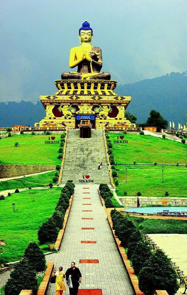 Dont miss the image/place it is awsm...thathagata in south sikkim.india