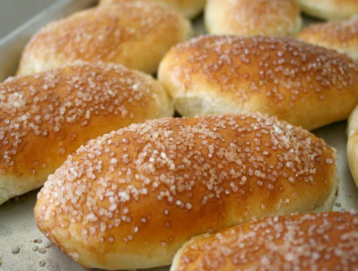 Пирожки с чем угодно (дрождевое тесто на кефире) & рецепт венского теста в комментариях