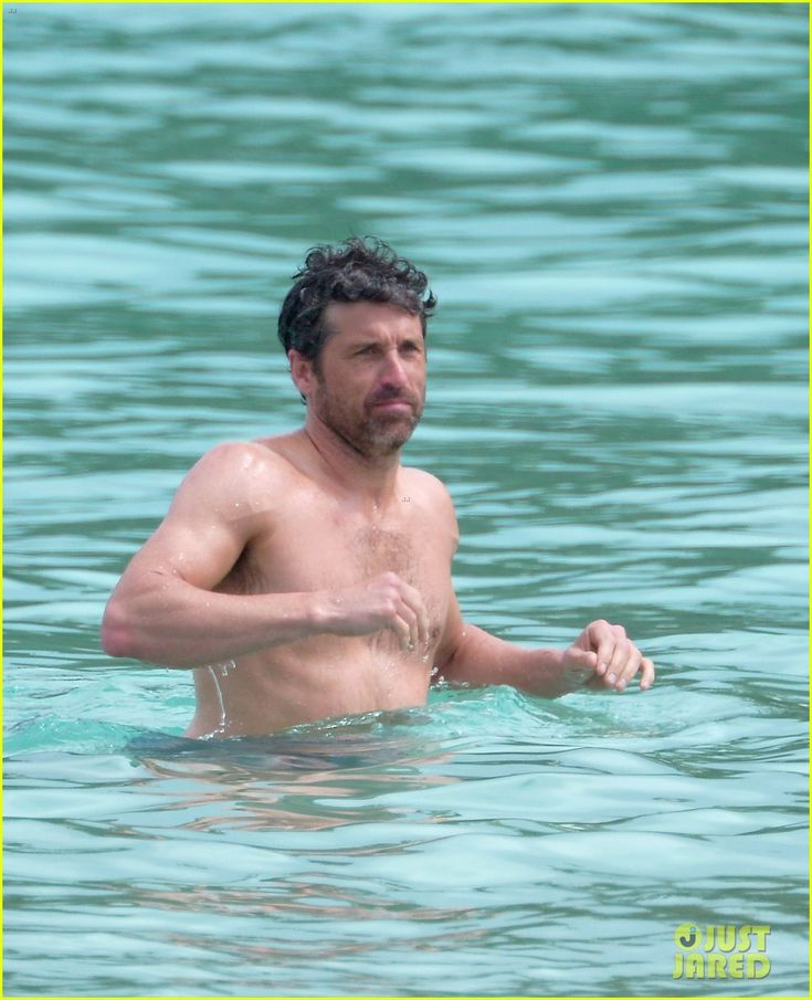 patrick dempsey and wife jillian latest news | Patrick Dempsey Goes Shirtless at the Beach with Wife Jillian!: Photo ...