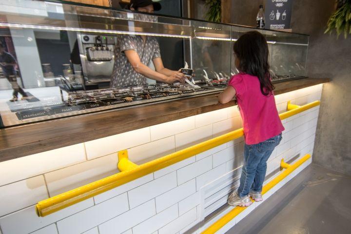 Madelo frozen yogurt shop by Blaster, Medellín – Columbia » Retail Design Blog