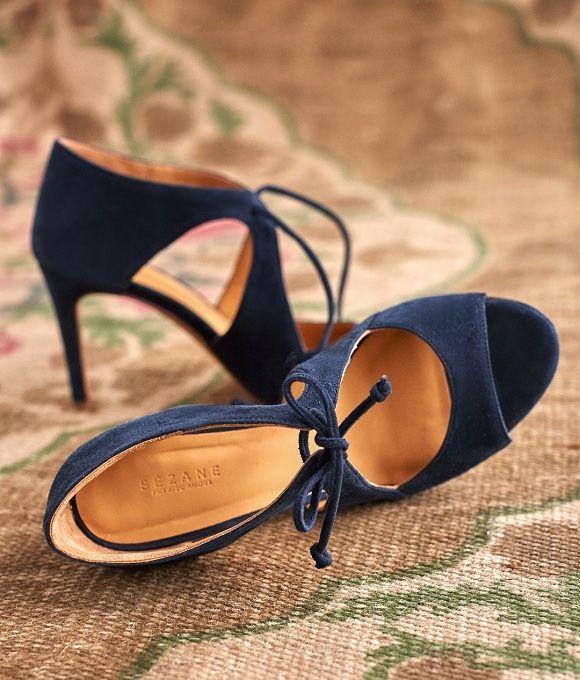 Idée de chaussures de mariée bleu nuit – #bleu #…