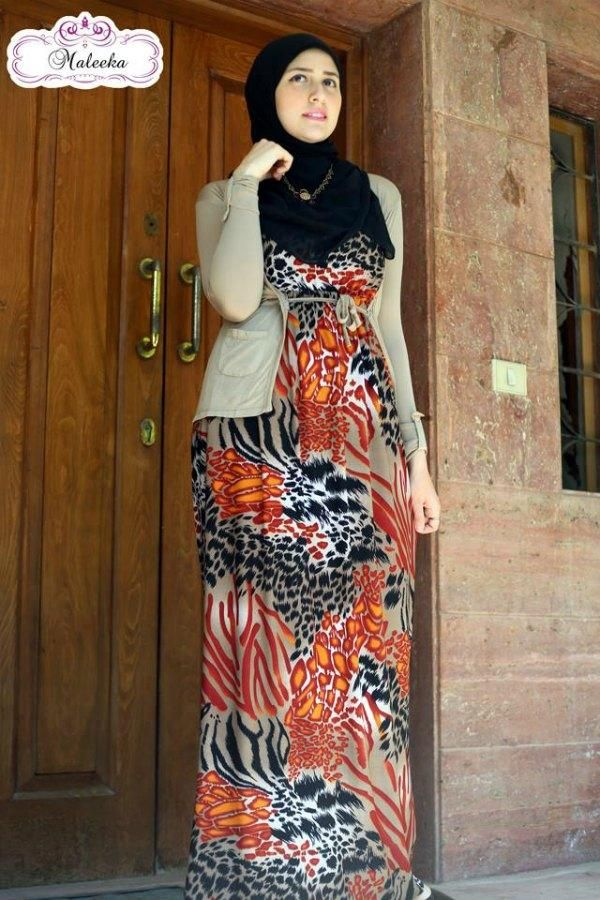 maxi hijab dress  Maxi printed dresses by maleeka http://www.justtrendygirls.com/maxi-printed-dresses-by-maleeka/