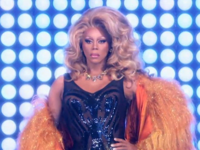 "Watch RuPaul Arrive At The ""Drag Race"" Season 8 Finale 