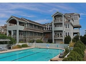 Outer Banks (OBX) rental: Palmers View - Oceanfront 8 bedroomshouse in Duck,