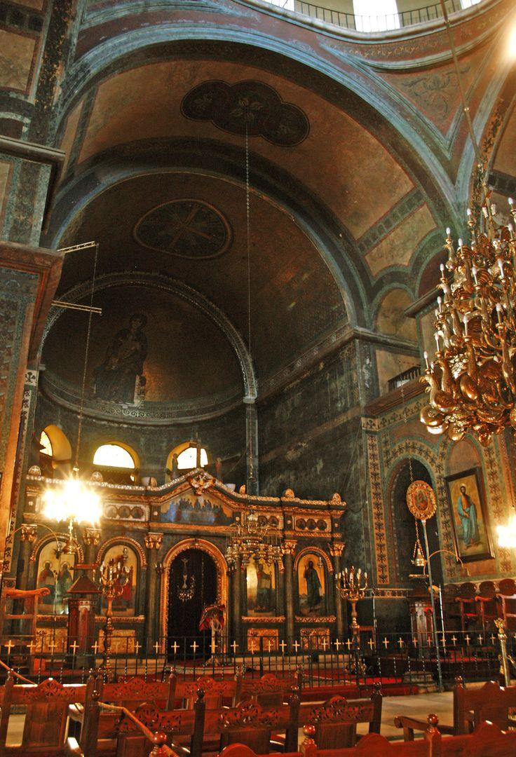 The impressive decoration of Byzantine Agia Sofia. (Walking Thessaloniki, Route 03 - St Sofia)