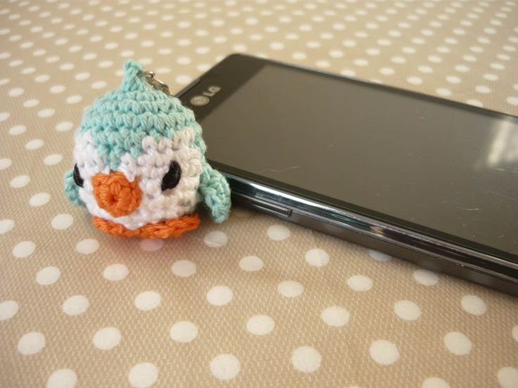 Amigurumi phone charm - little penguin, gift for teens, cute keychain, kawaii charm, cute phone dangle,  Dust Plug, Earphone Plug by MariAnnieArt on Etsy #amigurumi #kawaii #mariannieart #etsy #phonecharm #dustplug #crochet #geekgift #nerdgift