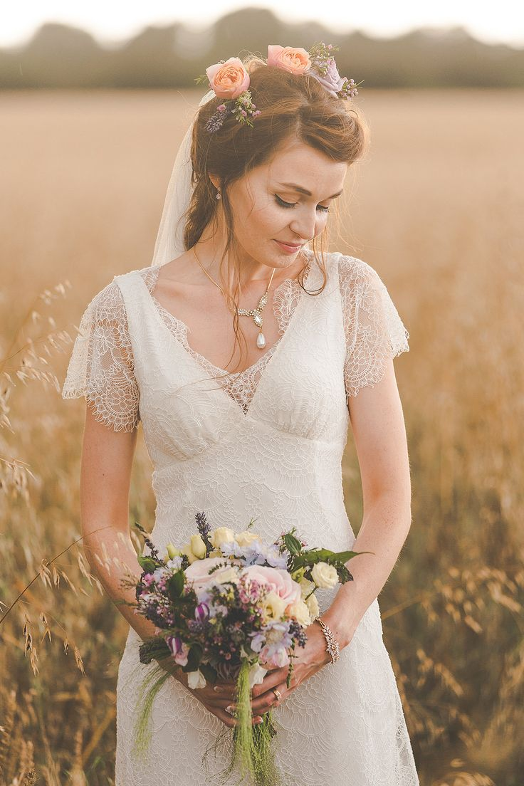 Beautiful boho bride with loose natural wedding flowers. Photo by Suffolk wedding photographers, Sam & Louise www.samandlouise.co.uk