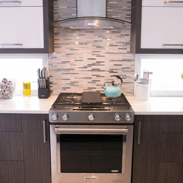 Une cuisine à votre goût ! A kitchen at your taste!  #Cuisine #Cuisinière #Range #Kitchen #Morning #Morning #Bright
