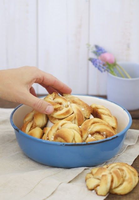 Lykkelig - mein Foodblog: Große Liebe: Zimtknoten. Oder wie sie in Norwegen sagen: Kanelknuter. Zum Knutschen köstlich!