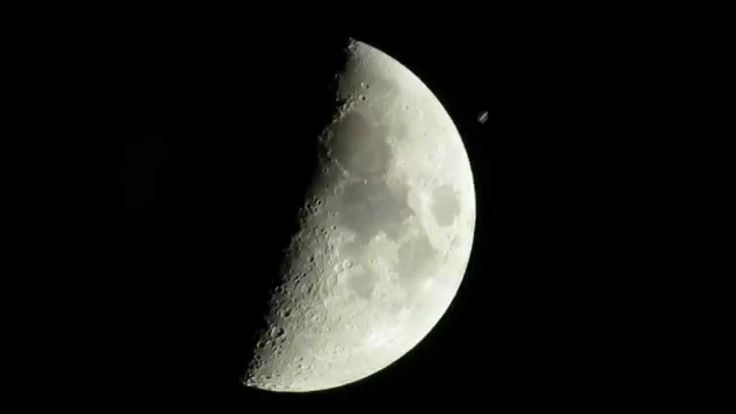 Photographer Captures Gorgeous Video of the International Space Station Crossing in Front of the Moon
