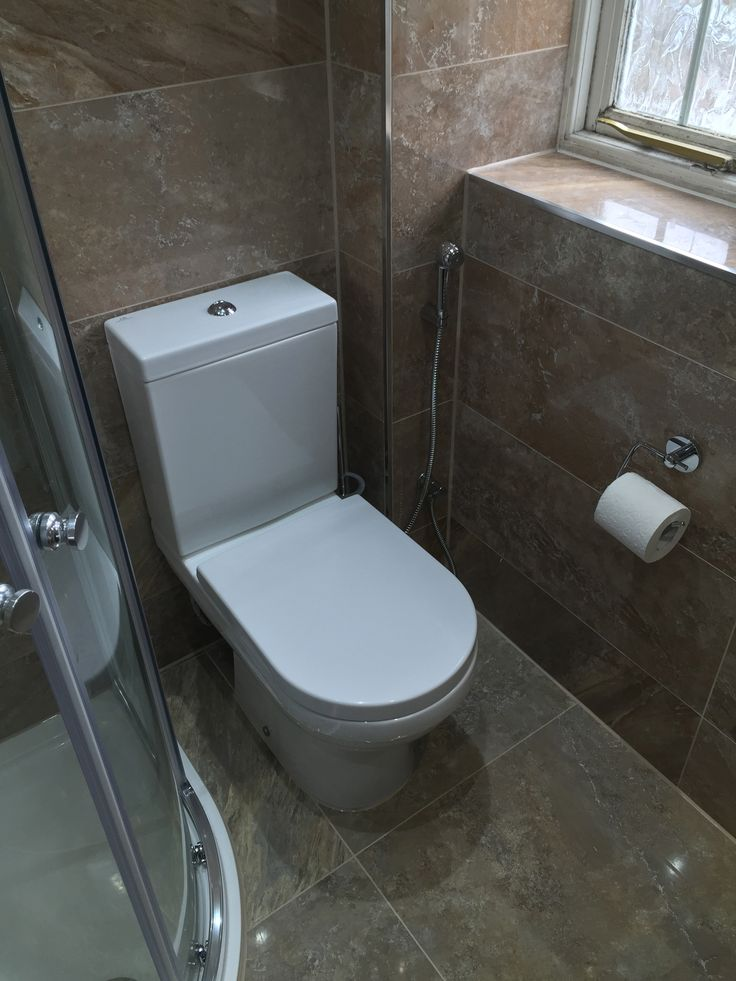 good closed coupled wc u douche with porcelanosa douche italienne. Black Bedroom Furniture Sets. Home Design Ideas