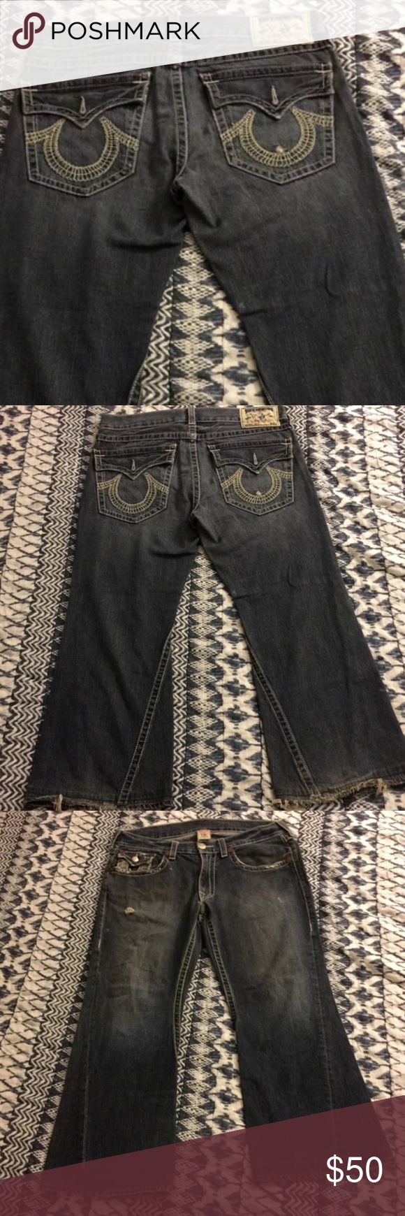 💝 True Religion JOEY Light Wash Distressed Jeans True Religion Distressed Jeans - Men's 36 Can Also Be Worn By Women. These Are In Excellent Condition!! Distressed Look And Light Wash. Seat 34. 🚫No Trades 🎉 I'm Always Willing To Consider Any Reasonable Offers Through The Offer Button Only Please And Don't Forget To Bundle And Save!! True Religion Jeans
