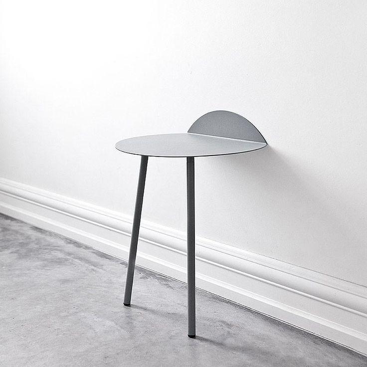MENU - LIGHT GREY LOW YEH TABLE