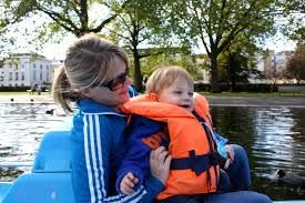 pedalo at the regent park - Google Search Hire a pedalo in Regent's Park (be ready to do most of the pedalling!)