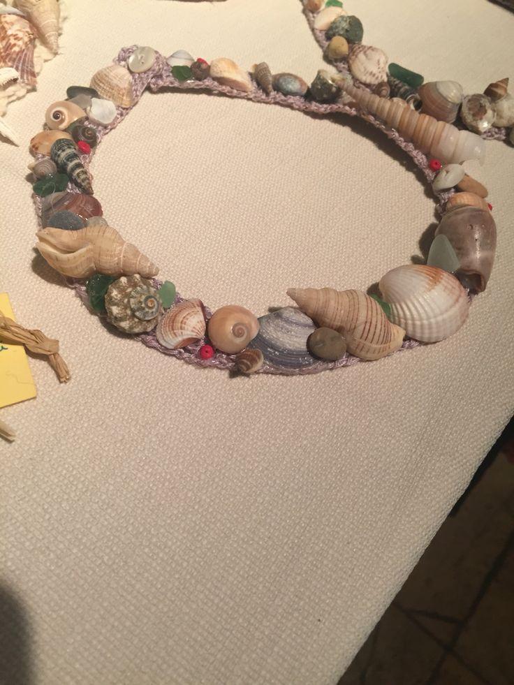 Collana conchiglie Made in Salento by Interno 2 creazioni artigianali  Facebook: Interno 2 creazioni artigianali  Mail: interno2creazioni@libero.it