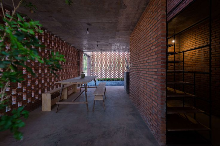 •	Location: Long Thanh, Dong Nai Province •	Architecture: Tropical Space Co.,Ltd •	Architects: Nguyen Hai Long, Tran Thi Ngu Ngon, Nguyen Anh Duc, Nguyen Th...