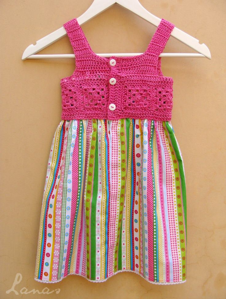 Cute #crochet and fabric dress made by Lanas de Ana