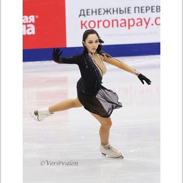 . Beautiful❤️ @liza_tuktik #ElizavetaTuktamysheva #SP #RussianNationals2017