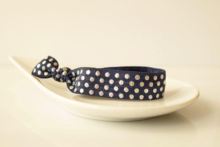 Haargummis - Haargummi Armband navy + silber geknotete weich - ein Designerstück von myvena bei DaWanda