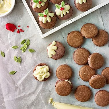 Christmas Pudding Macaroons - from Lakeland