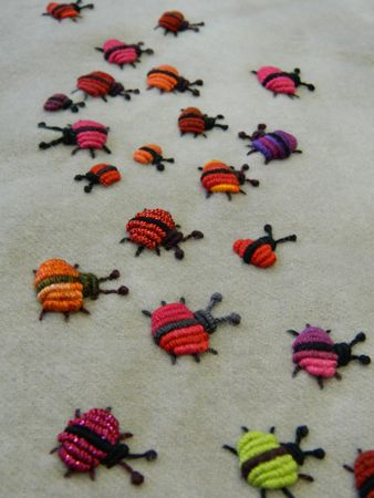 Sue Spargo. Folk Art Quilt Quilting Ribbons Supplies Hand Dyed Velvet Wool