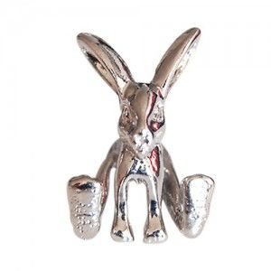 3D Bunny ear pin Get the 3D Bunny up and going. Let it hop around your ear. Looks as if there was a real rabbit hopping around. Please be carefull we sell the earings as singles. This way remember to order two. Because they do not come in a pair but are single items. We offer The 3D Bunny EarPin in silver-metal. Or order by email Bunny@journalist.com