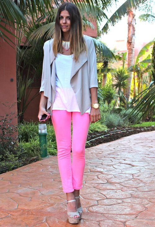 Neon pink jeans #colorblocking  Dressluxx Jackets by @TrendyTaste By Natalia Cabezas By Natalia Cabezas